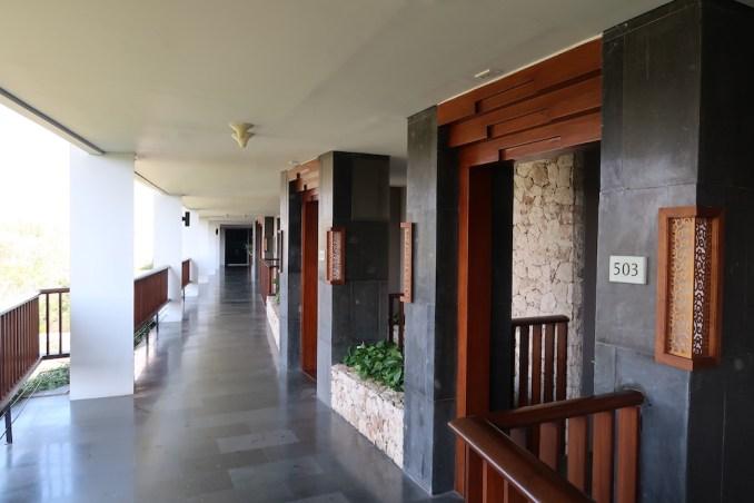 ANANTARA ULUWATU: GUEST ROOM FLOOR
