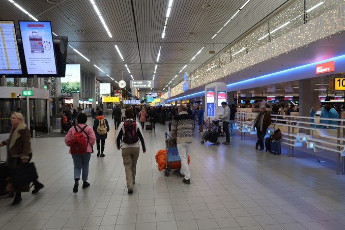 KLM BUSINESS CLASS CHECK-IN COUNTERS AT SCHIPHOL