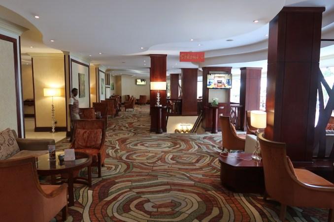 SERENA KIGALI HOTEL: LOBBY BAR & LOUNGE