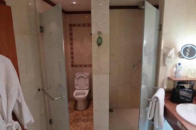 SERENA KIGALI HOTEL DELUXE ROOM