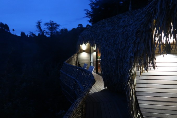 BISATE LODGE AT NIGHT