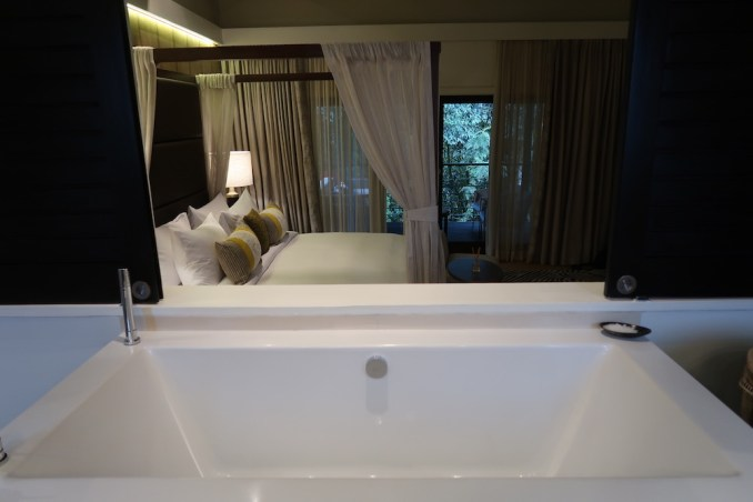 ONE&ONLY NYUNGWE HOUSE: FOREST SUITE - BATHROOM