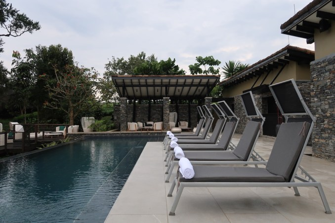 ONE&ONLY NYUNGWE HOUSE: POOL DECK