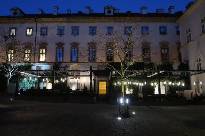 MANDARIN ORIENTAL PRAGUE AT NIGHT