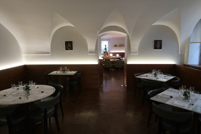 MANDARIN ORIENTAL PRAGUE - SPICES RESTAURANT