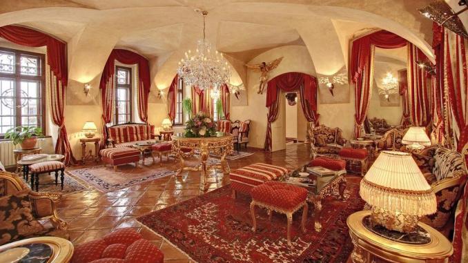 THE ALCHYMIST GRAND HOTEL & SPA