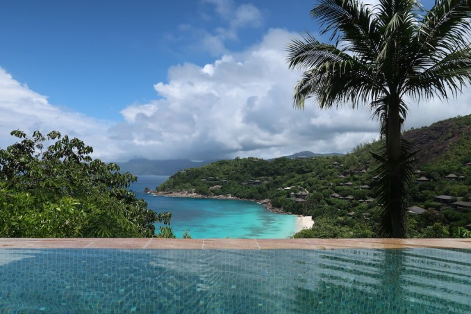 FOUR SEASONS SEYCHELLES: OCEAN VIEW VILLA - PRIVATE POOL