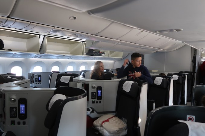 AVIANCA B787 BUSINESS CLASS CABIN