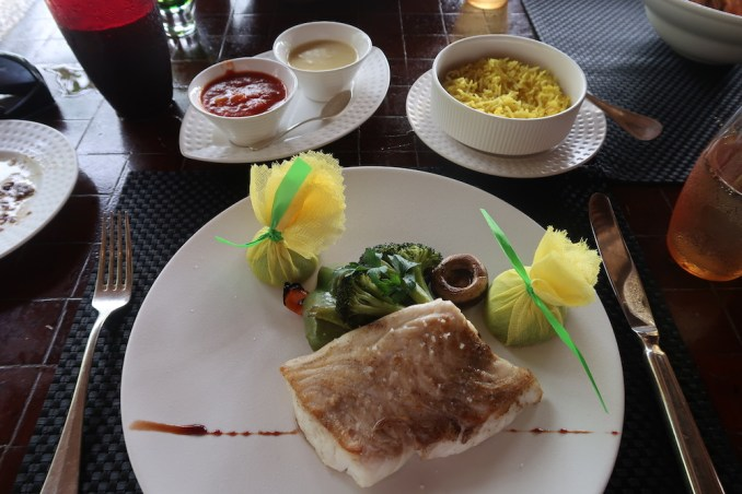 MAIA RESORT SEYCHELLES: LUNCH