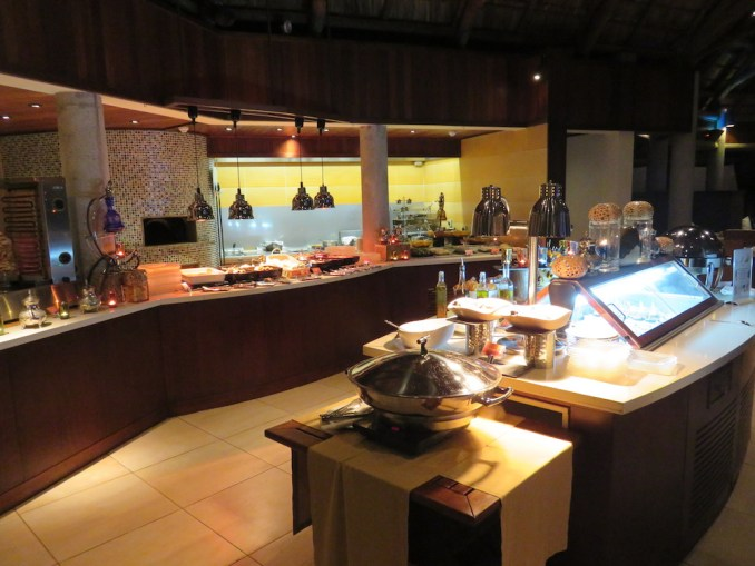 CONSTANCE EPHELIA - DINNER BUFFET AT HELIOS RESTAURANT