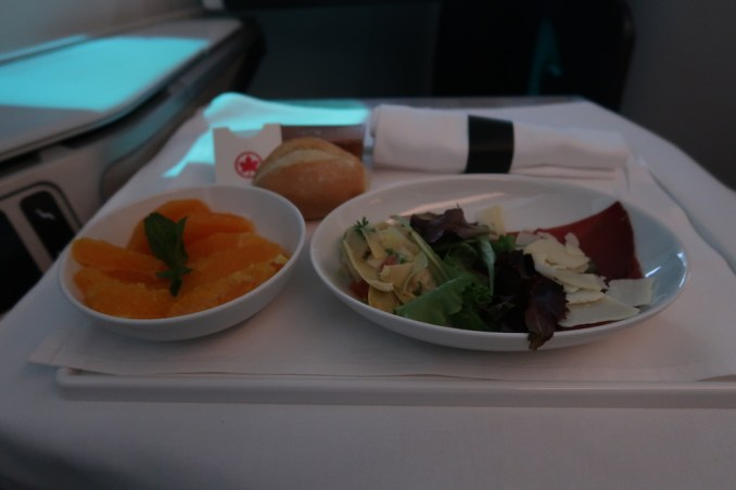 AIR CANADA B787 BUSINESS CLASS: PRE-ARRIVAL MEAL