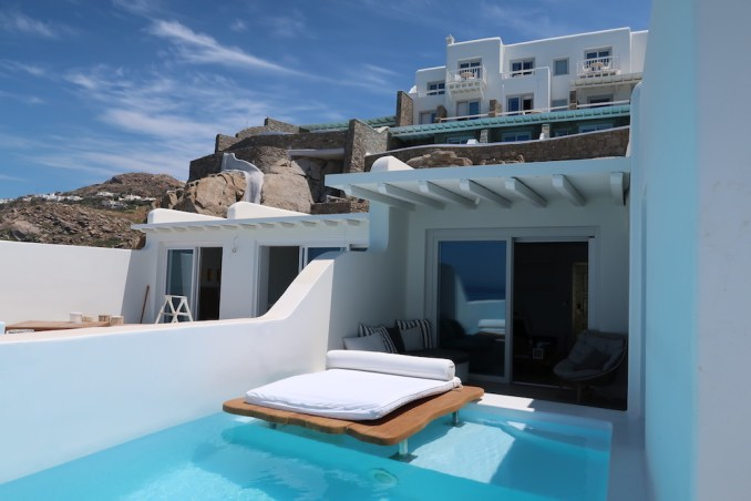CAVO TAGOO MYKONOS: HONEYMOON SUITE (PLUNGE POOL)