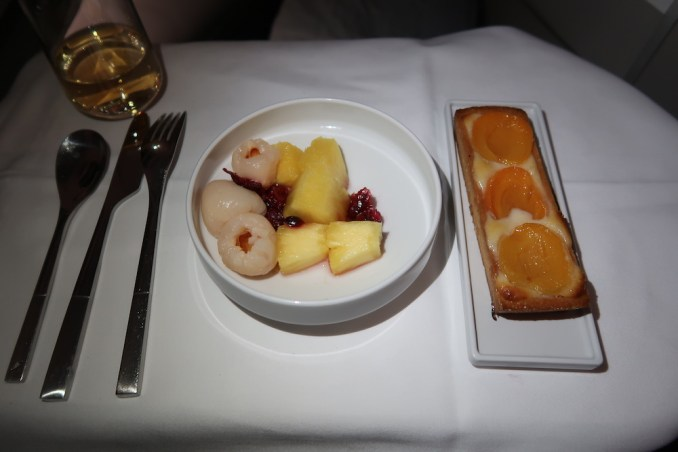 AIR FRANCE BUSINESS CLASS: DINNER