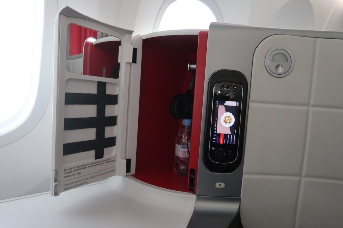 AIR FRANCE B787 BUSINESS CLASS SEAT