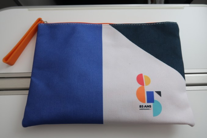 AIR FRANCE B787 BUSINESS CLASS: AMENITY KIT