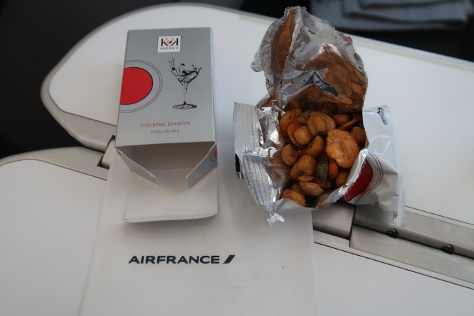 AIR FRANCE B787 BUSINESS CLASS: LUNCH