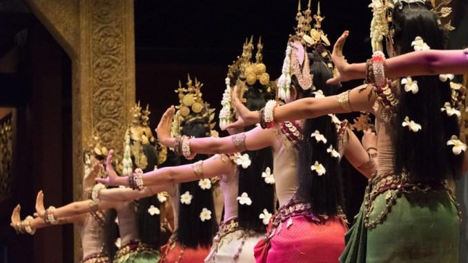 ATTEND AN APSARA DANCE PERFORMANCE