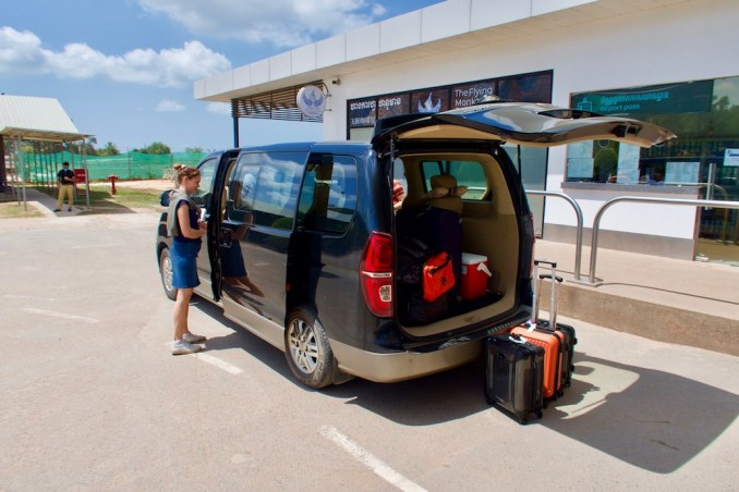 TRANSFER FROM SIHANOUKVILLE AIRPORT TO MAINLAND JETTY