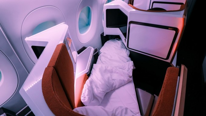 TESTING OUT VIRGIN ATLANTIC'S NEW A350 BUSINESS CLASS PRODUCT