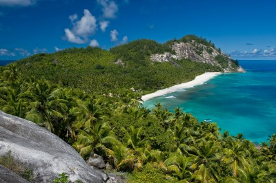 Top 10: world's most exclusive island resorts | the Luxury ...