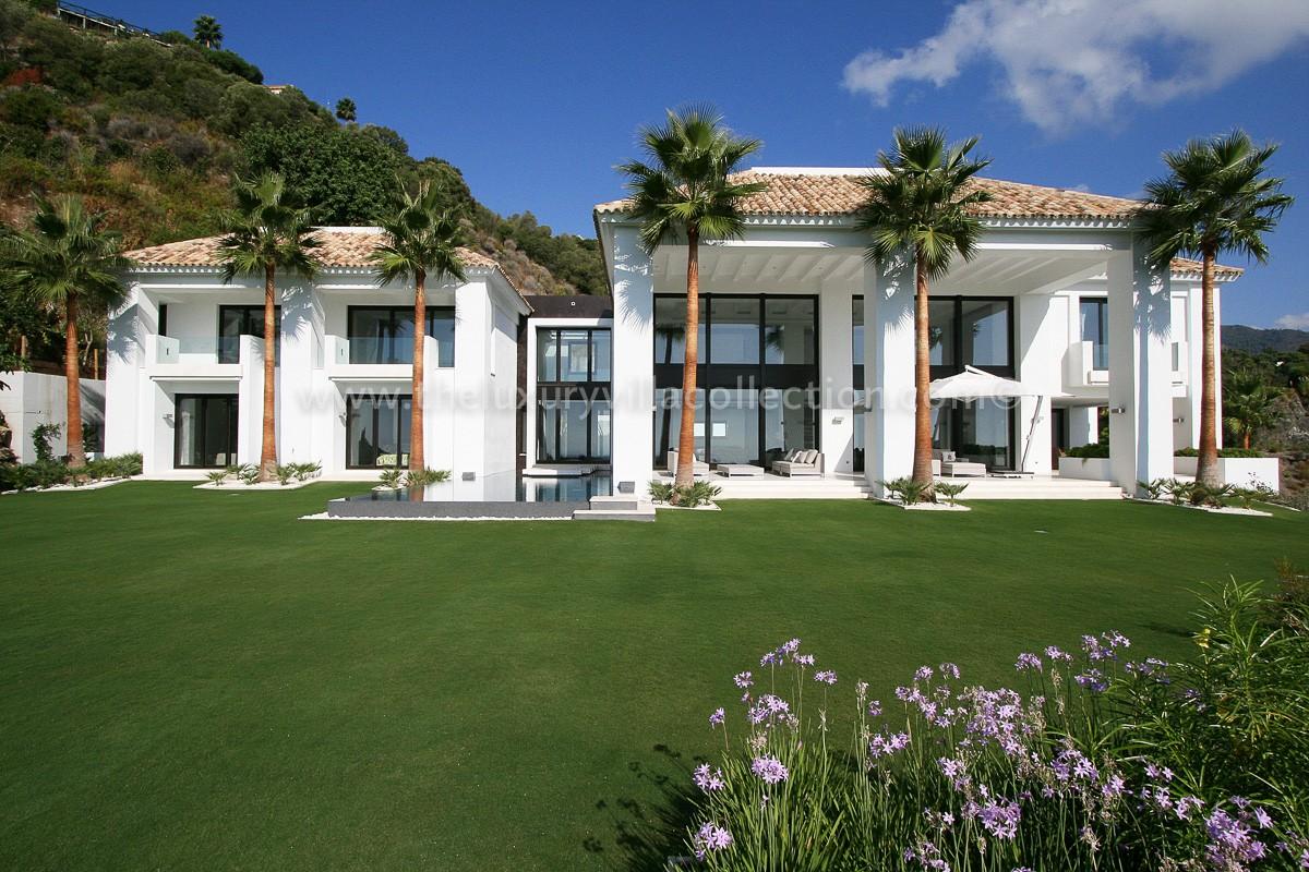 Elegant 5 Bedroom Villa In La Zagleta  Luxury Villa
