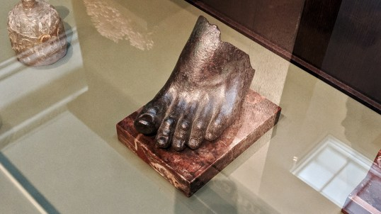 Foot from a life-sized statue (Rome, 2nd or 1st century BCE)