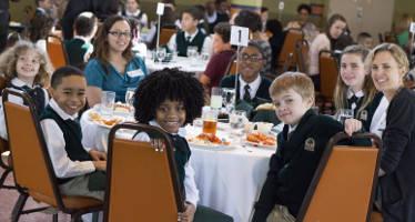 indianapolis-oaks-schools-student-diversity-teach-learn