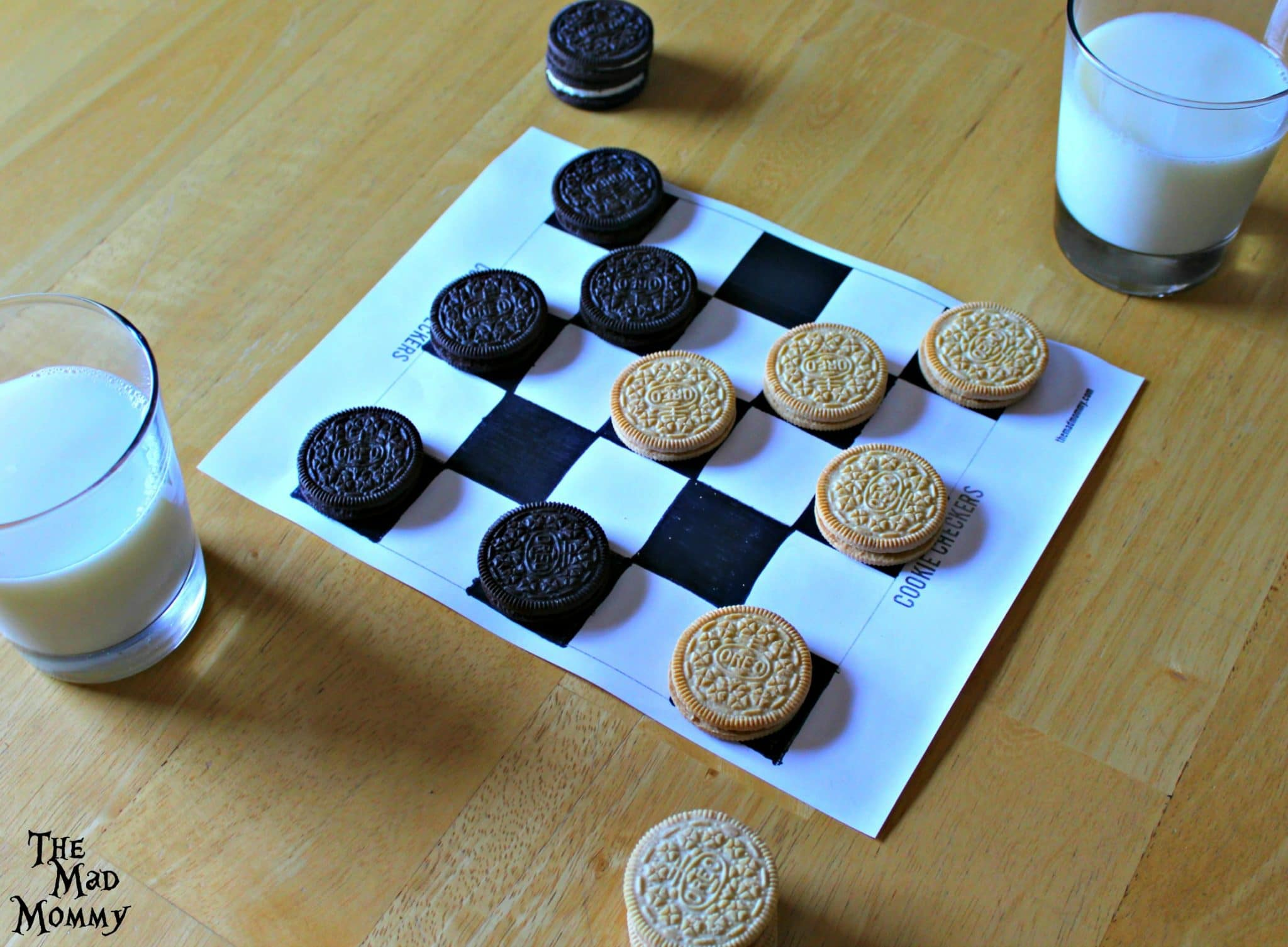 Playing some OREO Cookie Checkers and getting our #OREOSuperDunk on! #Sponsored #CollectiveBias