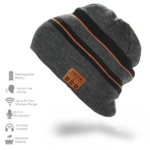 For the ultimate techie in your life, check out this Bluetooth Beanie! Whether he is a driver, a hunter or spend a lot of time outside, he will love this hands-free bluetooth beanie!