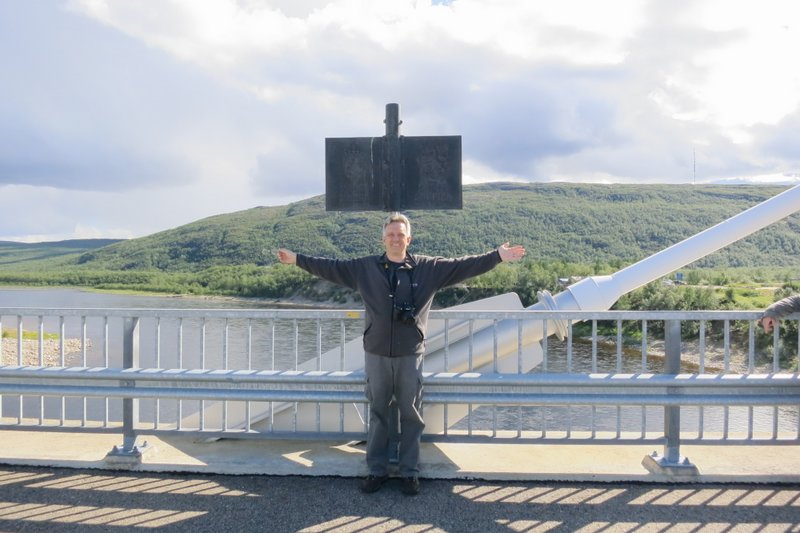 norway-finland-bridge-teno-river