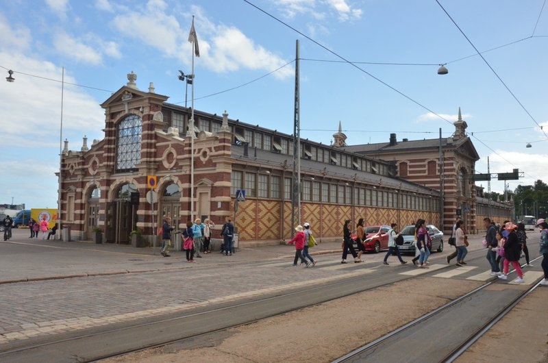 old-waterfront-market-helsinki