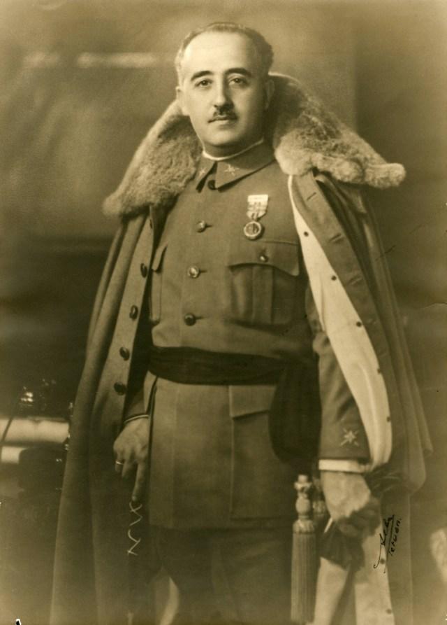 Francisco_Franco_1930