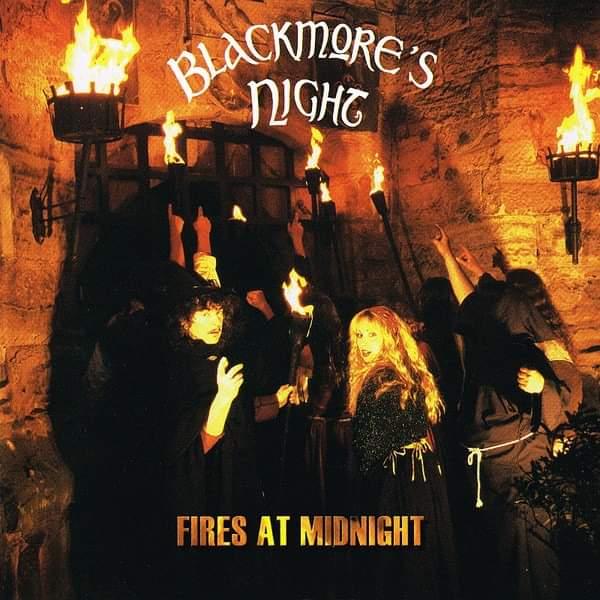 """Blackmoore's Night – """"Fires at Midnight"""" 18 år."""