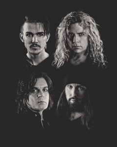 """SWEDEN'S CROWNE ANNOUNCE DEBUT ALBUM """"KINGS IN THE NORTH"""" OUT JUNE 18, 2021!"""