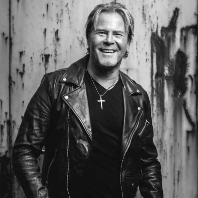 """New Album, Single and Video: Kent Hilli – """"Don't Say It's Forever""""."""
