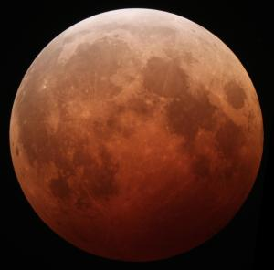 Blood moon total eclipse a sign that gods displeased with Gallant gov't