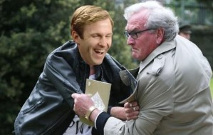 Kevin Vickers heroically subdues Brian Gallant