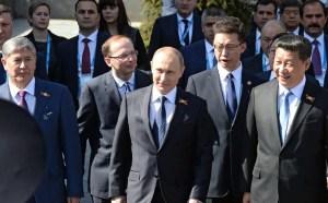 'Manatee' staff demand Kremlin demand an apology from them