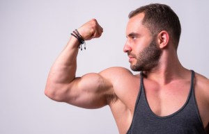 Guy at gym only feels comfortable in 'stringer' tank top