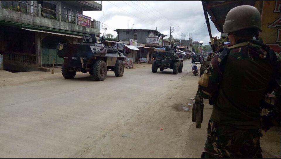 MARAWI UNDER ATTACK | Mga miyembro ng Maute umatake sa Marawi City