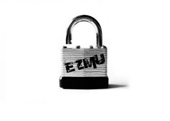 EZLockcentered