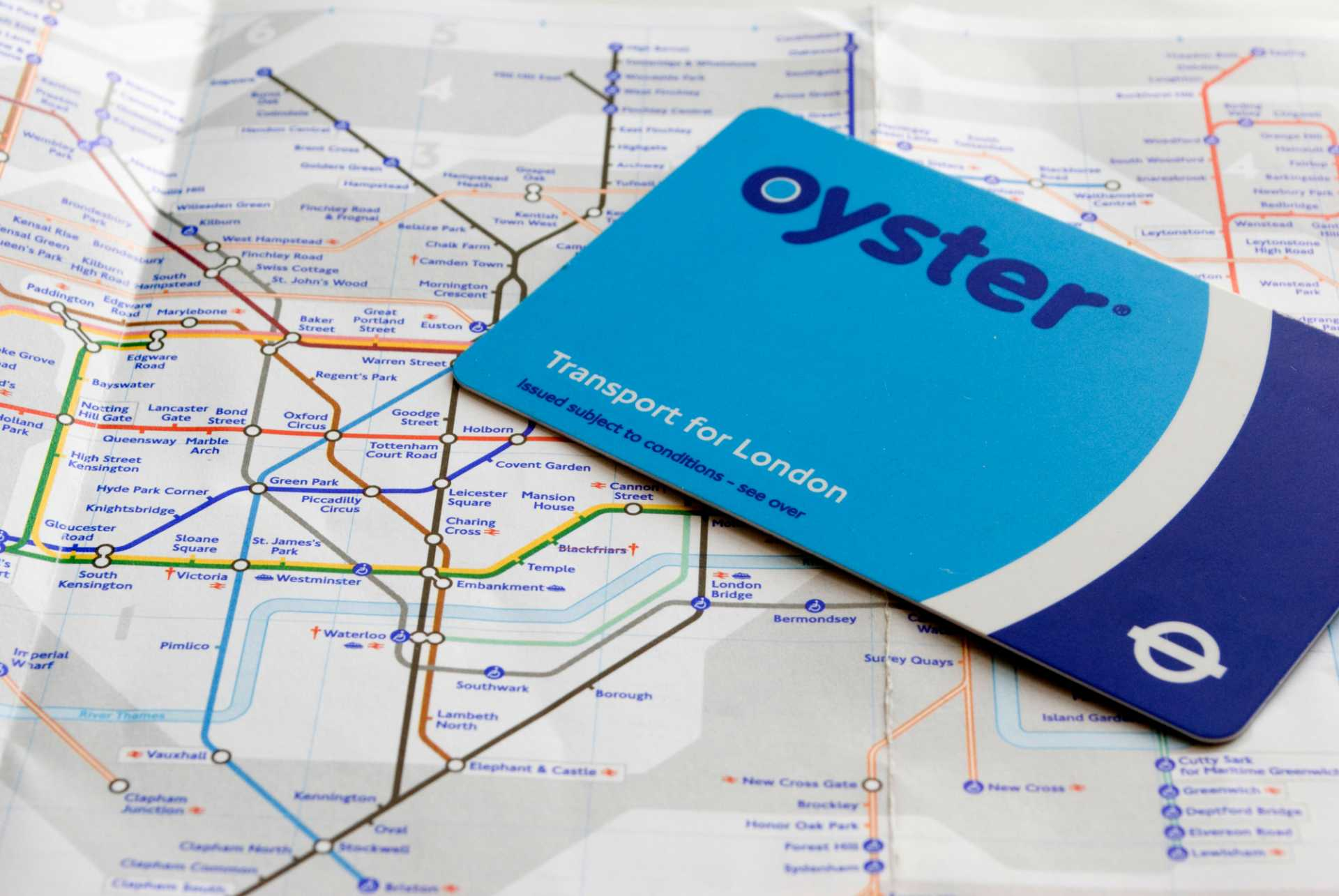 The london oyster card, the cheap way to pay for transport in london. Uk Smart Card Manufacturer Seals New 2 2m Oyster Card Deal