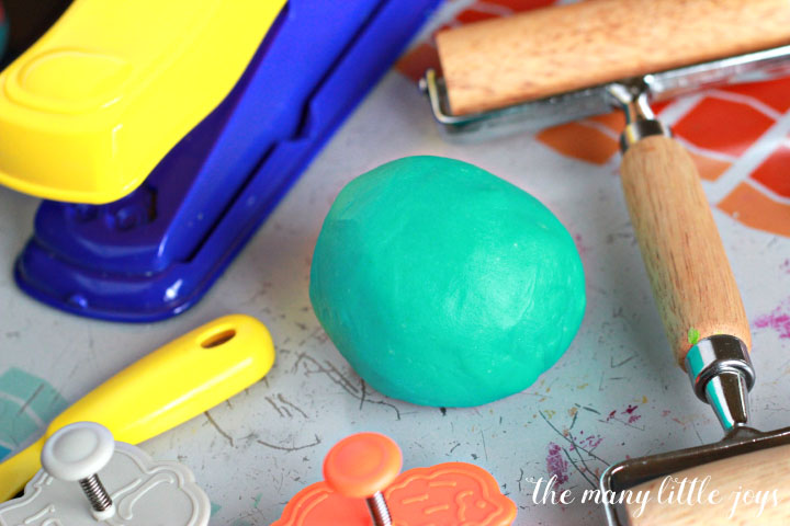 There are tons of homemade playdough recipes out there, but this one is truly the BEST playdough recipe. Just like store-bought and it lasts forever. Make it today!