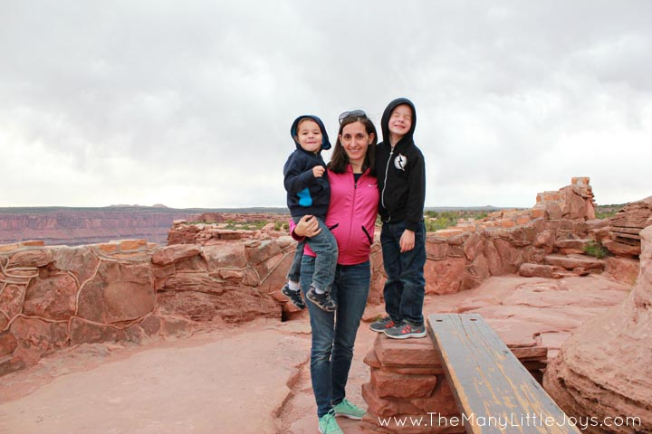 If you're going to Southern Utah, check out these ideas for fun, family-friendly things to do while traveling with kids in the Arches and Canyonlands National Parks.