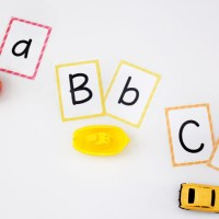 Free Printable Alphabet Flashcards (upper and lowercase)