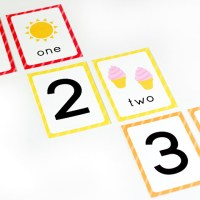 Free Printable Number Flashcards (+ counting cards)