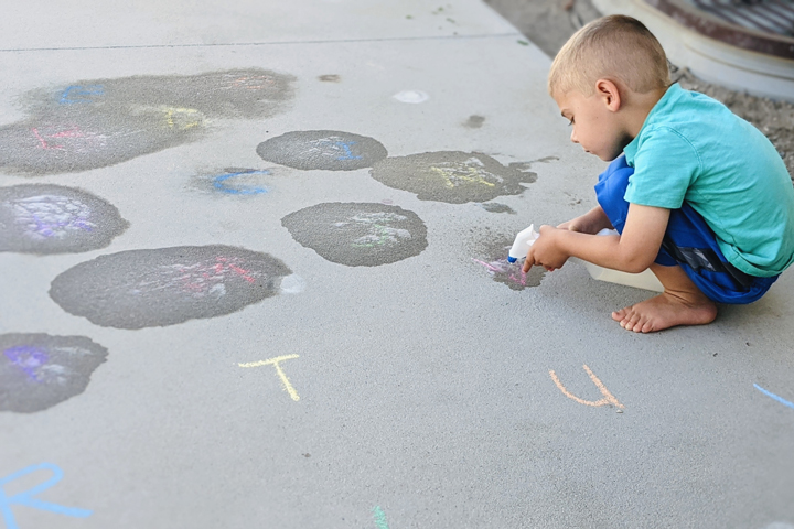 Grab a squirt bottle and some chalk and take learning outside with this fun alphabet game for preschoolers.