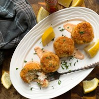 Crab Cakes with Cajun Remoulade