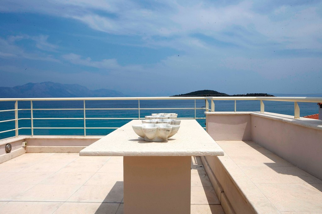 Acanthus_Villa_Marble_Resort (33)