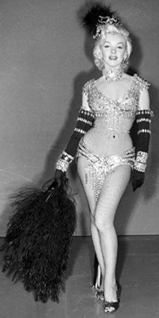 Marilyn Monroe Corset : marilyn, monroe, corset, Marilyn, Monroe's, Size., Clothing, Tells, Truth.